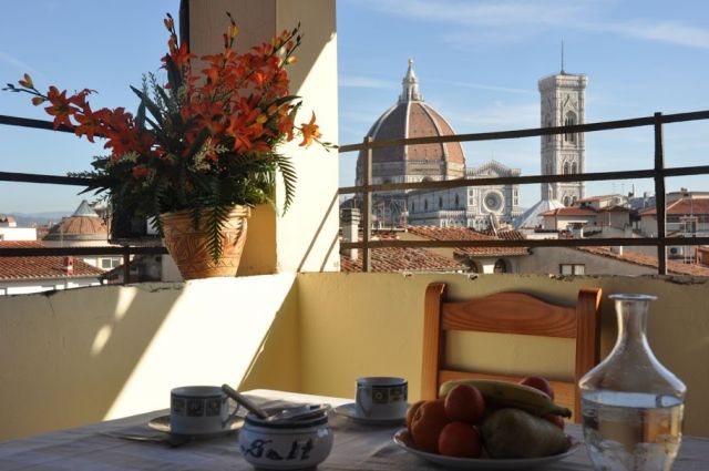 Apartment in the very heart of florence historic centre for 5652 florence terrace